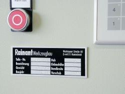 Typenschild zur Maschinenkennzeichnung aus Aluminium