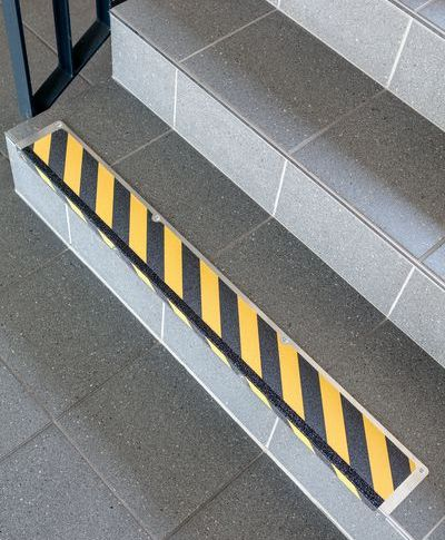 Antirutsch Treppenstufen Profile