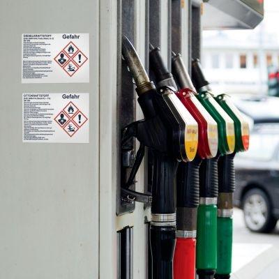 Gefahrstoffetiketten für Benzin und Diesel