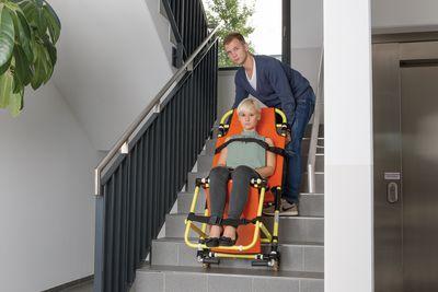 Evakuierungsstuhl für gehbehinderte Menschen