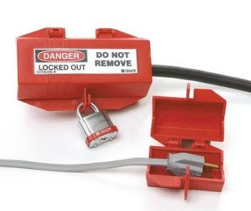 Steckerverriegelung mit Lockout-Aufkleber
