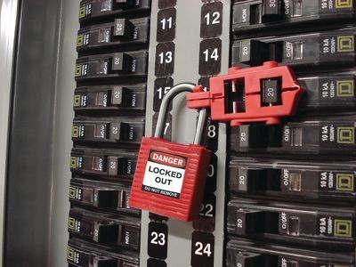 Kompaktes Sicherheitsschloss an Schalterverriegelung