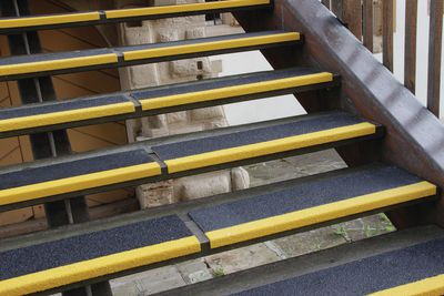 Antirutsch-Treppenkantenprofile