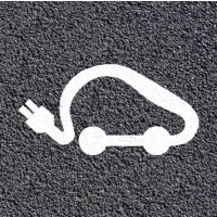Marquage au sol thermoplastique : voiture électrique