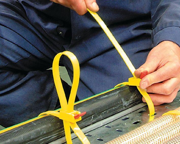 Attaches de câbles en polyamide