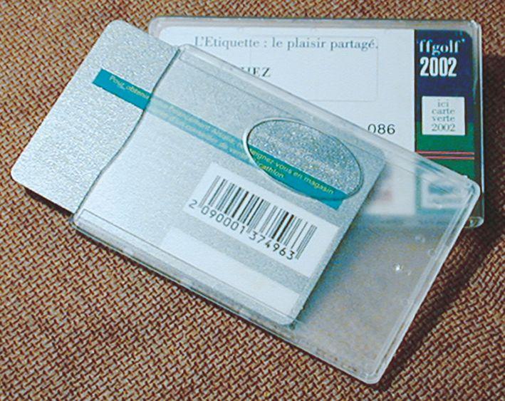 Porte-badge rigides en polycarbonate dépoli