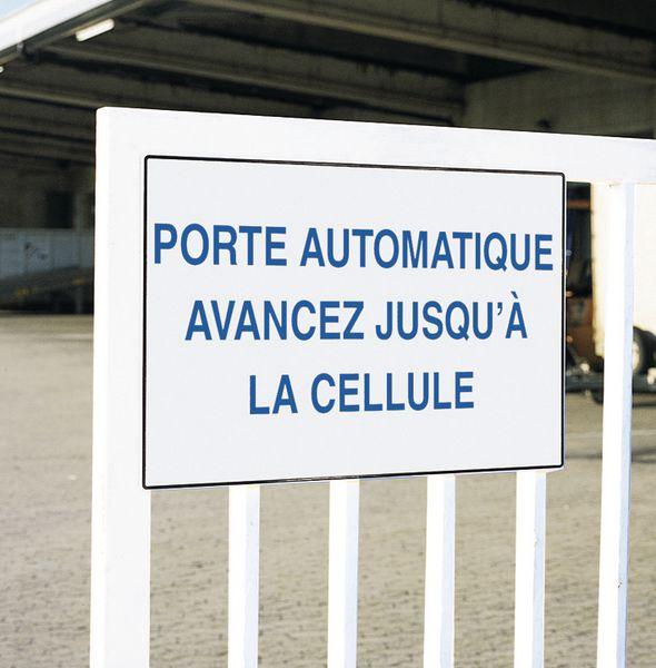 Panneaux de signalisation en PVC personnalisés