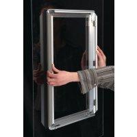 Affichehouder met zelfklevend klikkader, voor glazen oppervlakken