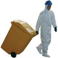 Kit met absorptiemiddelen in een verplaatsbare container, voor olie