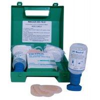 EHBO-koffer met oogspoelflessen met neutrale oplossing