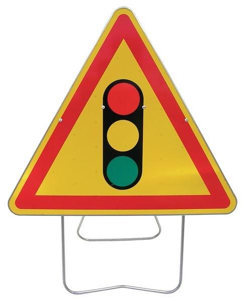 Tijdelijke waarschuwingsborden op steun Verkeerslicht