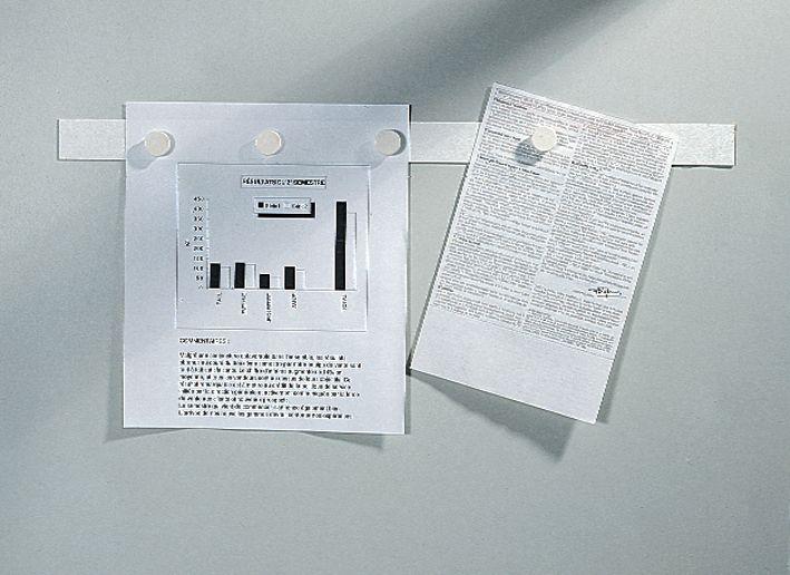 Zelfklevende plaat voor het magnetisch ophangen van documenten