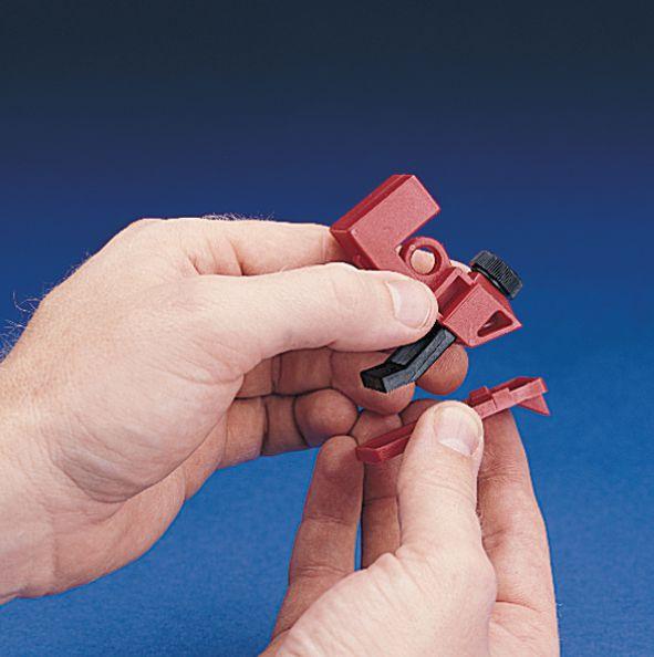 Vergrendelingssysteem voor lockout moeilijk te vergrendelen schakelaars