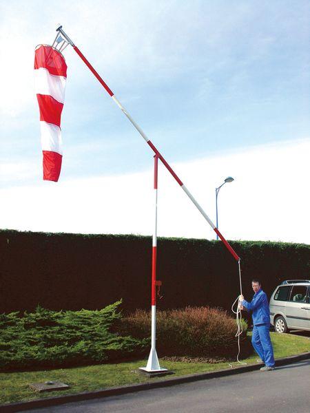 Kit mast, windwijzer en kabels voor windzak
