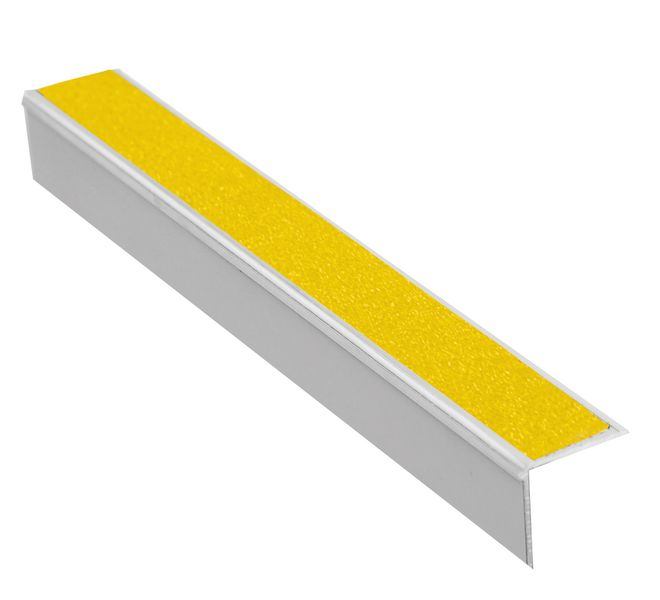 Aluminium antislip trapneus met of zonder stootbord