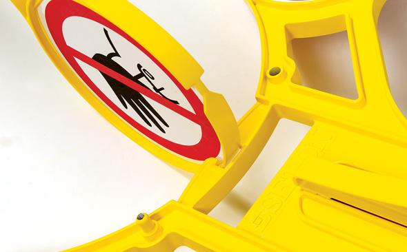 Tijdelijk een gevarenzone afzetten met het roterend signaleringsbord Seton 360