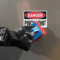 ToughWash® Labels - Danger Pinch Point