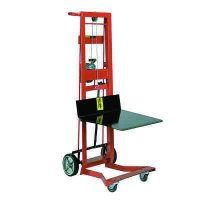 Steel Frame Four-Wheeled Winch Pedalift with Platform