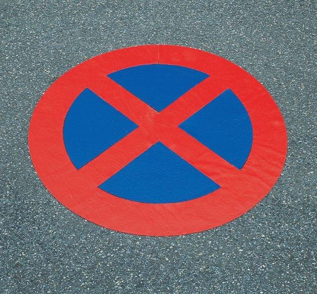 Absolutes Haltverbot – Asphaltfolien zur Parkplatzkennzeichnung, R10 gemäß DIN 51130/ASR A1.5/1,2