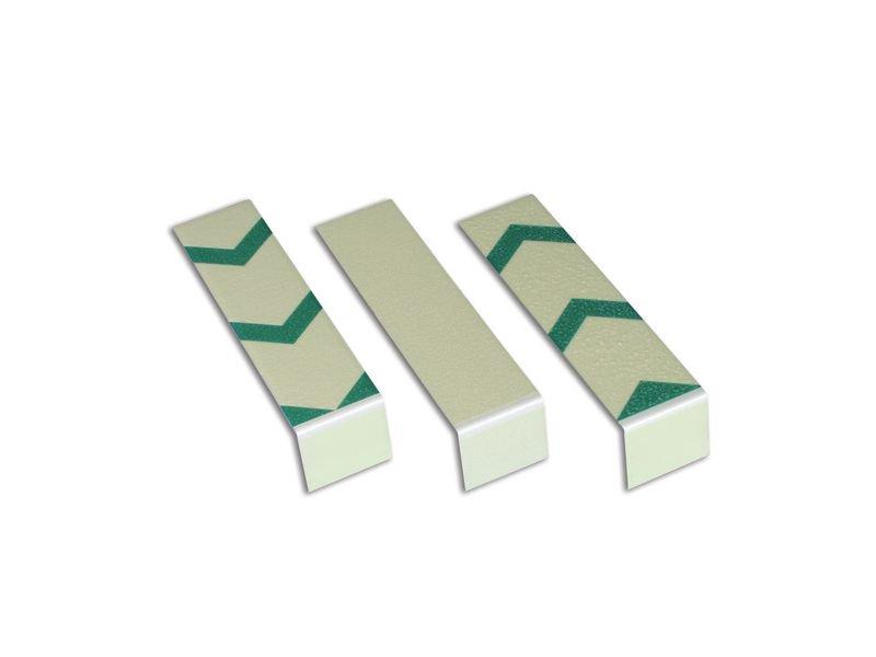 Treppenmarkierungswinkel, langnachleuchtend, DIN 67510, R10 gemäß DIN 51130/ASR A1.5/1,2