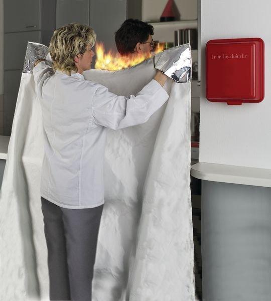 Löschdecken und -behälter - Löschdecken und Rettungsmittel