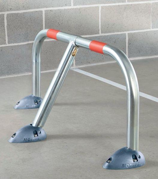 Rund-Parkbügel mit Polypropylen-Fußplatte - Parkplatzbegrenzung