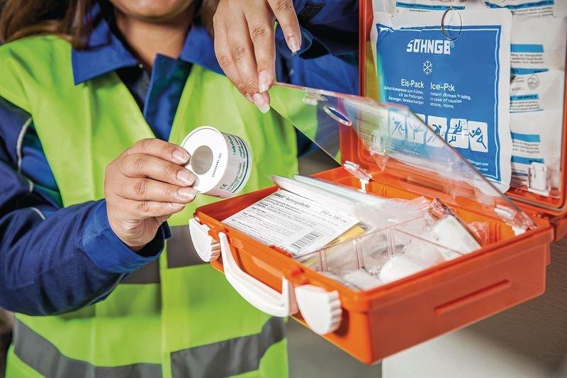 Erste-Hilfe-Stationen - Erste Hilfe und Hygiene