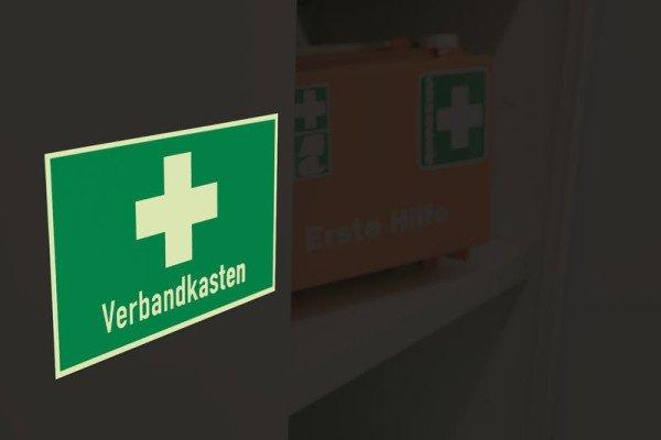 Erste-Hilfe-Kombi-Schilder, praxiserprobt mit Symbol und Text nach Wunsch - Erste-Hilfe-Schilder