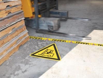"""Warnzeichen zur Bodenmarkierung """"Warnung vor Flurförderzeugen"""""""