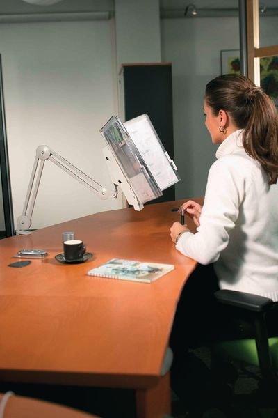Schwenkarm für Stahldraht-Sichttafel-Systeme