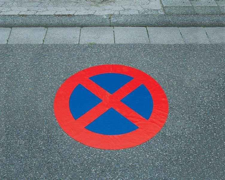 Fußgängerüberweg - PREMARK Straßenmarkierungen, Verkehrszeichen - Parkplatzmarkierung