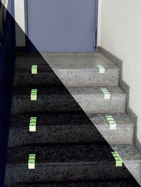 Treppenmarkierungswinkel, langnachleuchtend, DIN 67510, R10 nach DIN 51130/ASR A1.5/1,2