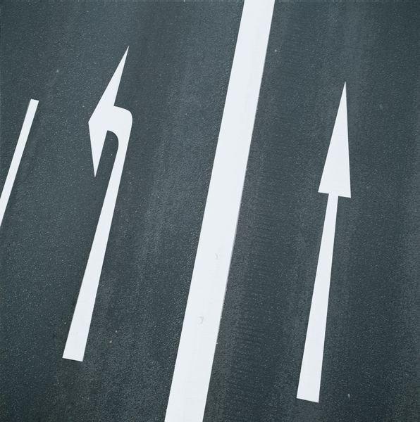 Geradeauspfeile – PREMARK Straßenmarkierungen, Symbole
