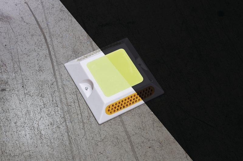 Everglow® Bodennagel Quadrat Lumipro - Fluchtwegkennzeichnung, bodennah, langnachleuchtend, ASR A3.4/3
