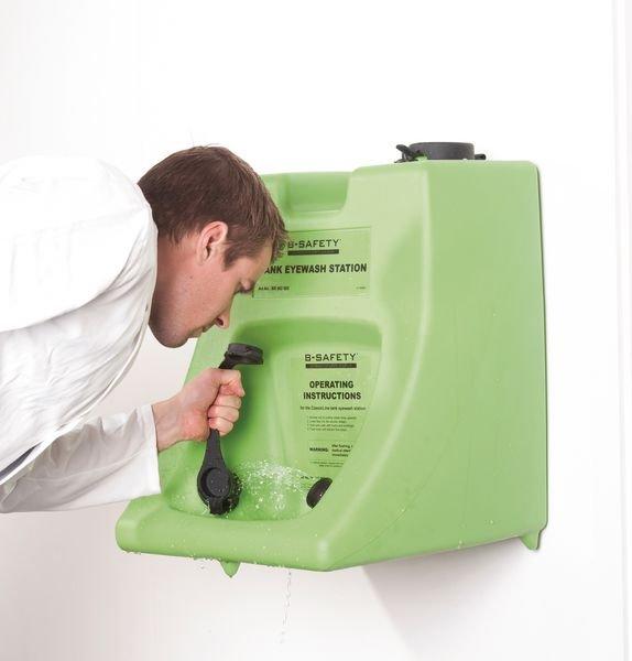 Antibakterieller Zusatz für Tank-Augenspülstation - Erste Hilfe und Hygiene