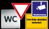 Betriebskennzeichnung und Hinweisschilder
