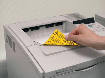 Selbstbedruckte Etiketten aus gelber Polyesterfolie