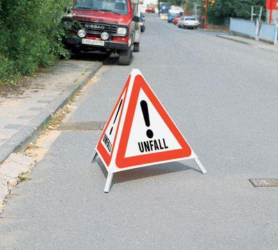 Faltsignal Gefahrenstelle Unfall