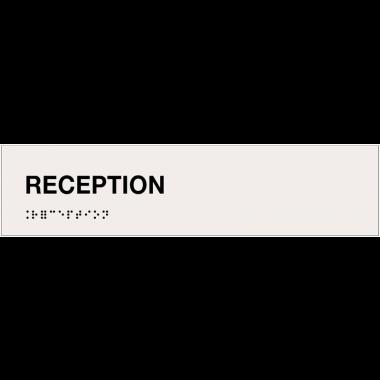 """Plaque """"Réception"""" avec texte en relief et traduction en braille"""