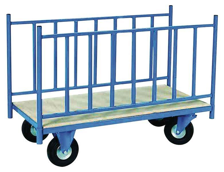 Chariot de manutention avec 2 ridelles latérales