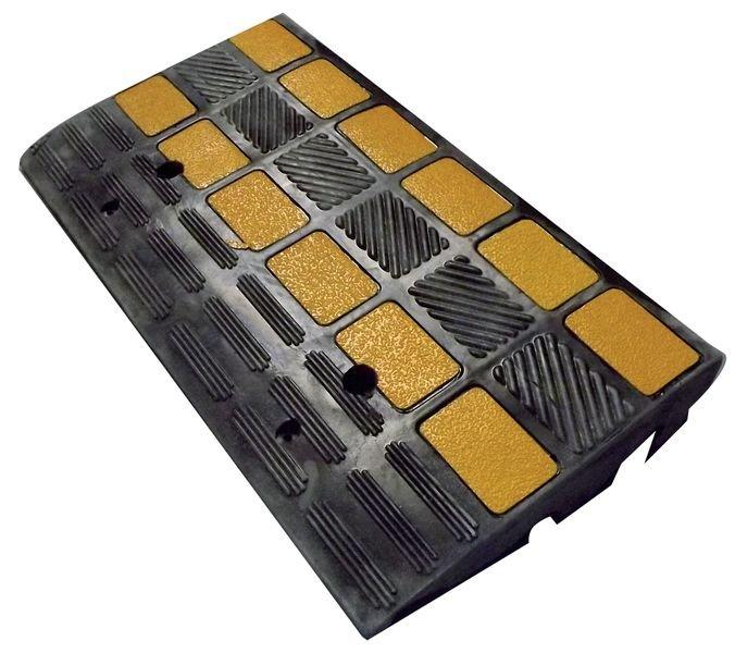 Rampe d'accès spéciale charges lourdes en caoutchouc noir et jaune