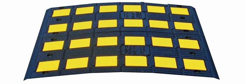 Ralentisseurs monobloc grande largeur pour trafic léger