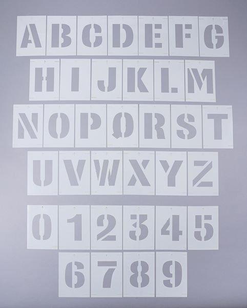 Pochoirs en PVC chiffres et lettres pour marquage au sol