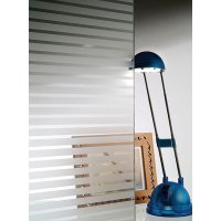 Films décoratifs adhésifs pour vitres à bandes et motifs blancs ou dépolis