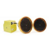 Optiques lumineux pour panneaux en tôle