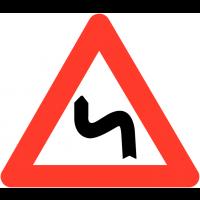 """Panneaux de circulation """"Succession de virages dont le premier est à gauche"""""""