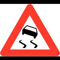 """Panneaux de circulation """"Chaussée particulièrement glissante"""""""