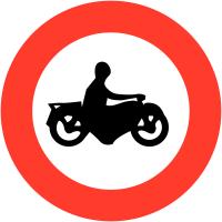 """Panneaux de circulation """"Accès interdit aux motos"""""""