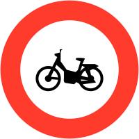 """Panneaux de circulation """"Accès interdit aux motocyclettes et motocyclettes légères"""""""