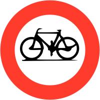 """Panneaux de circulation """"Accès interdit aux cycles"""""""